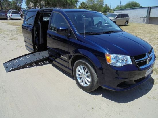 used braunability 2014 dodge grand caravan sxt accessible van florida tallahassee 32303 for. Black Bedroom Furniture Sets. Home Design Ideas