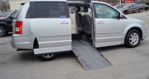 2010 Grand Caravan wheelchair van with automatic ramp